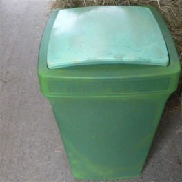 Large Strong Feed Bin (100 litre)