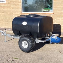 700 Litre Animal Drinking Bowser with 4L trough - Site tow